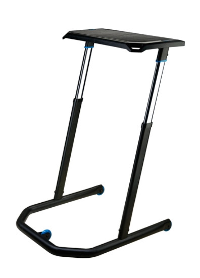 201603_17_WAHOO FITNESS BIKE DESK_03