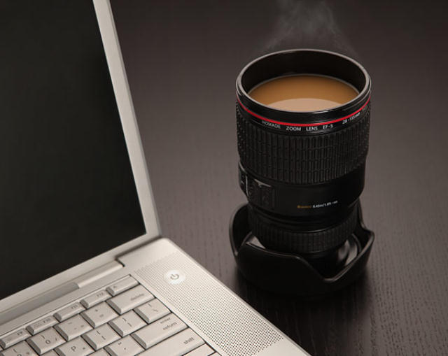 160413ECcamera_lens_mug_desk