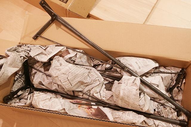 ネットで購入したDIY用のダイニングテーブルの脚、TEKOLABO/鉄脚+古材ラボ