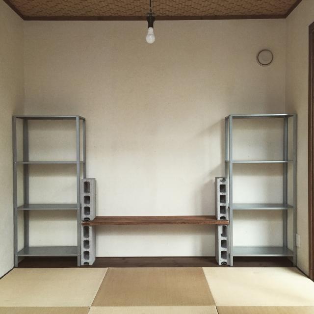 イケアのHYLLISの棚を使って賃貸でも使える壁面収納をDIYする_2