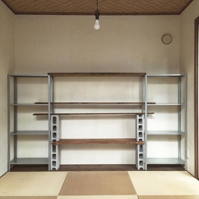 イケアのHYLLISの棚を使って賃貸でも使える壁面収納をDIYする_3