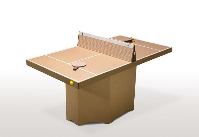 ドイツのブランド「kickpack(キックパック)」によるダンボール製の卓球台テニーノは、軽くて折り畳めるのが便利だしホームパーティーでも活躍間違い無し_1