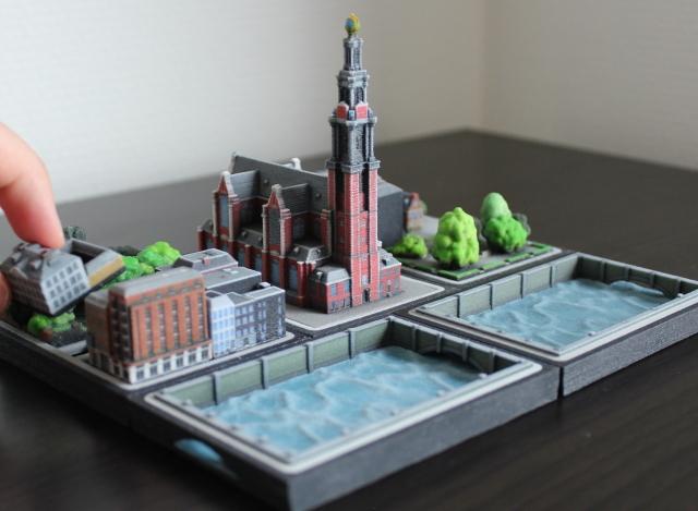Ittybloxは、#Dプリンターで出力したミニチュアの街並みで、実際に存在する建物や、川、鉄道までもが精巧に表現されています_4