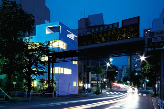 東京のど真ん中に暮らすために遮音とプライバシーを考えたシンプルでミニマルでデザイナーズでおしゃれな銀座の住宅_9