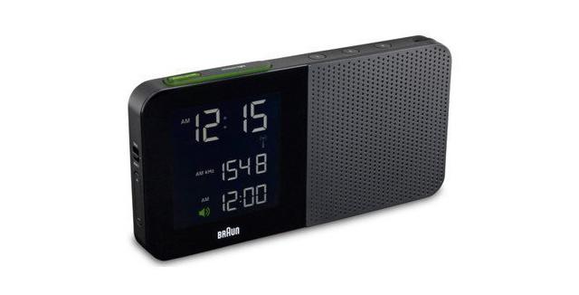 電動歯ブラシや電気シェーバーで有名なBRAUN(ブラウン)が作ったシンプルで便利なラジオ付き時計