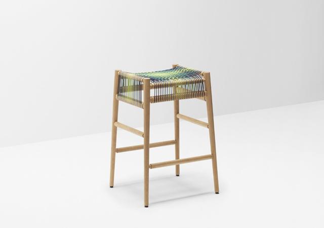 ロンドンの家具作り集団H Furnitureが手掛けるLOOMは織り機をイメージしてつくられた家具