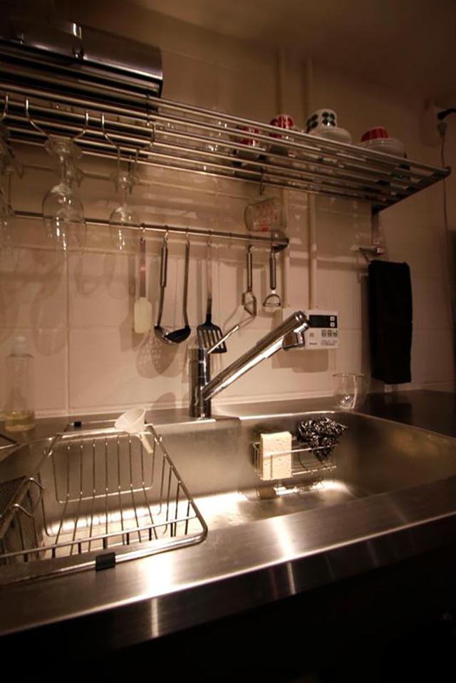 設計・施工を手がける「nu(エヌ・ユー)リノベーション」による1人暮らしのマンションをリノベして趣味を楽しむ無骨な部屋に_6