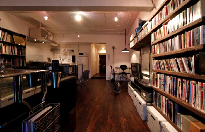設計・施工を手がける「nu(エヌ・ユー)リノベーション」による1人暮らしのマンションをリノベして趣味を楽しむ無骨な部屋に_8