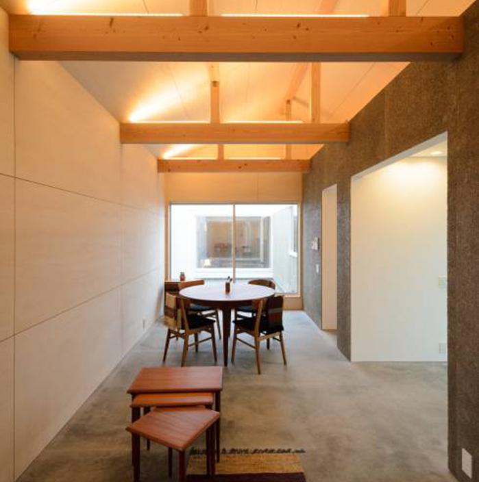 風景のある家.LLCによる安く明るくおしゃれな住居兼工房の革工房の音色_6