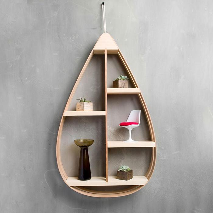 棚と言われると、四角を思い浮かべる方が多いと思いますが、こんな形状の棚もあるんです。ミッドセンチュリーの家具のような曲線的なフォルムが魅力のMid-Century Teardrop Shelfをご紹介しますtop