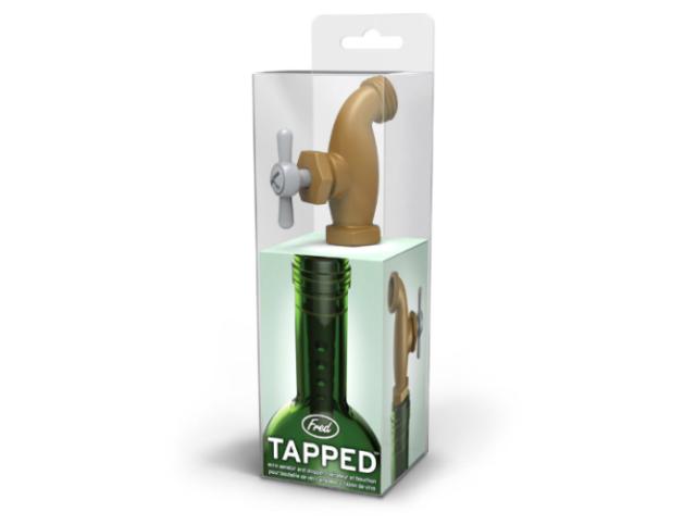 蛇口からワインという夢を叶えてくれるアイテムTAPPED wine aerator and stopperは、エアレーターの機能も備えているので、ワインの味を格段に引き上げてくれます2