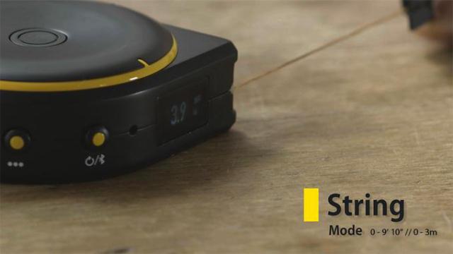 多機能なメジャー「Bagel」は「ヒモ」「タイヤ」「レーザー」3つの機能でなんでも測る他、Bluetoothでスマホと連動するので、いちいちメモを取る必要もありません。これひとつあれば、大抵のことはカバーできるし、買い物に行くときも便利2