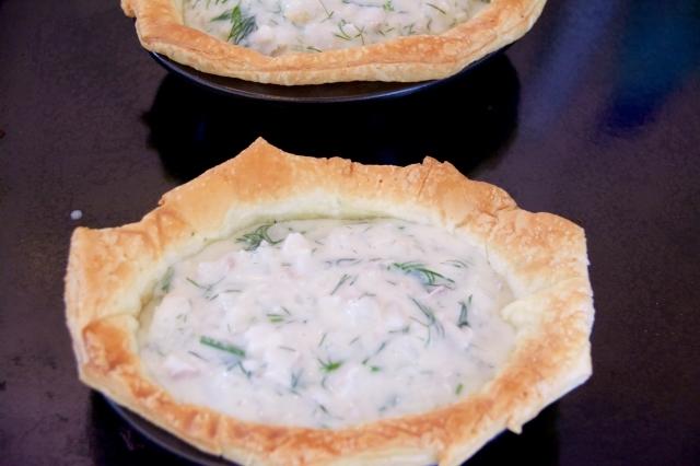 おしゃれでパーティにぴったりなおもてなし簡単料理であるディルのホワイトソースとパイ_11