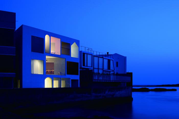 吉村靖孝建築設計事務所によるおしゃれな海沿いの貸し別荘Nowhere but Sajima_6