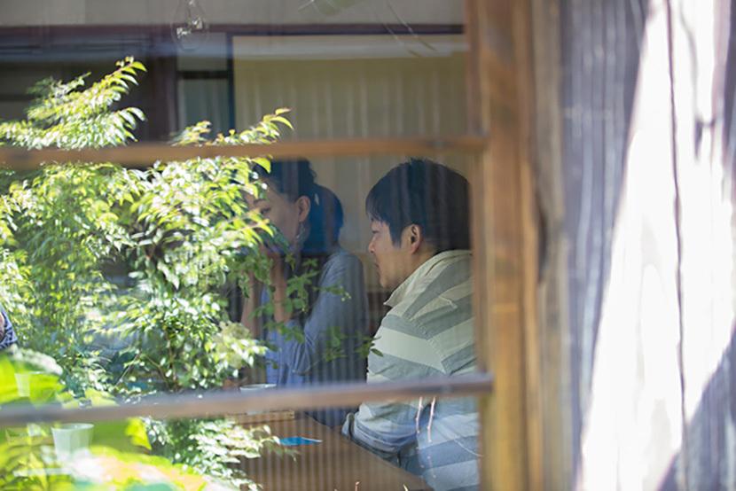 上野桜木あたりという古き良き日本の家である古民家のリノベについてkurachiffonの瀧内未来さんにインタビューの古い窓