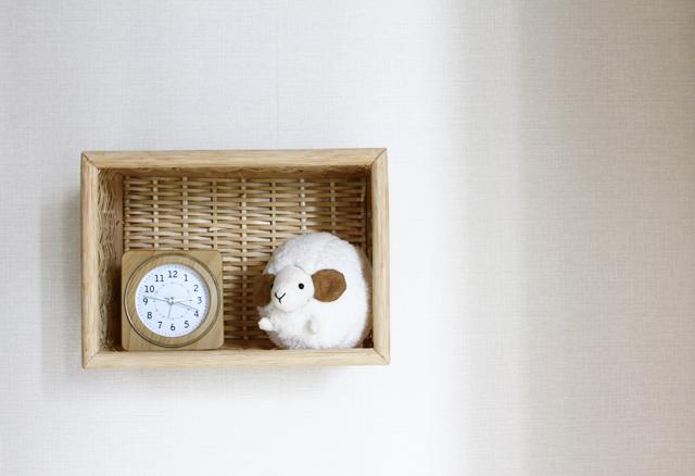 無印良品の重なるブリ材長方形ボックスを壁面収納に変えるライフハック3