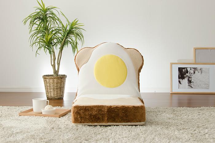 ラピュタパンみたいにかわいくておもしろい目玉焼き食パン座椅子_1