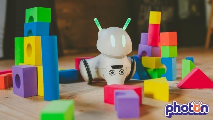 簡単にプログラミングが学べるかわいい知育ロボット_8