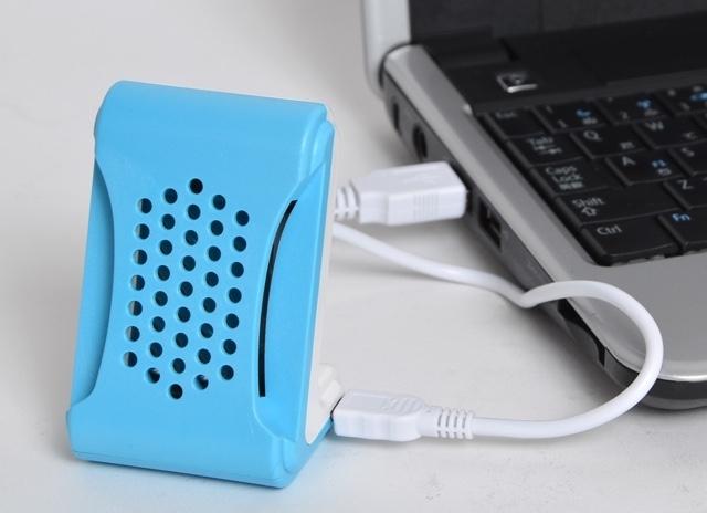 蚊取り線香や蚊対策グッズは、大抵火やコンセントを必要としますよね。なので周囲の環境によって使用できないなんて場面もしばしば。そんなあなたを救うのがUSB電源化された「どこでも安心! USBで蚊取りマット」です。top