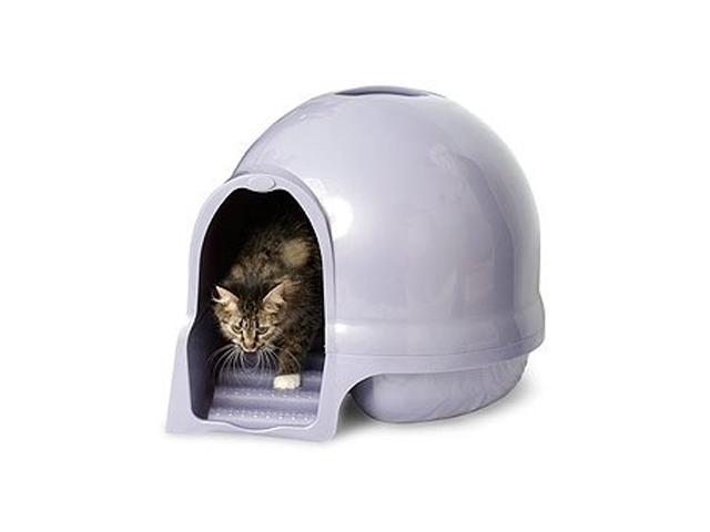 インテリア性が高く、しかも臭い漏れなどを防止するフィルター機能付きの猫用ハウス型トイレ、クリーンステップリッターボックスはアメリカの製品ですが、日本からもアマゾンで購入可能2