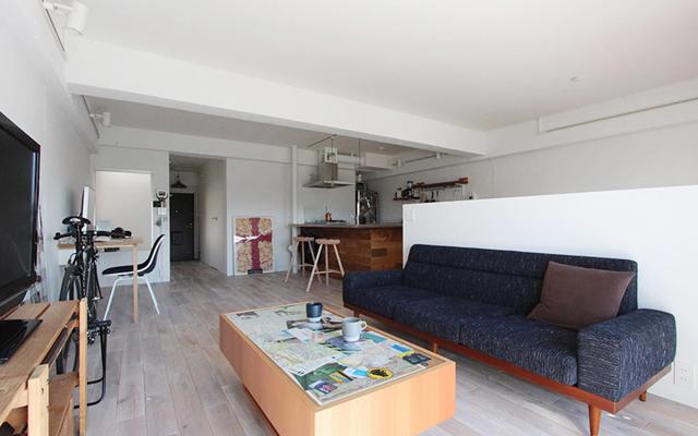 リノベーションで横浜の住まいを手にしたOさんの家は、生活と趣味のバランスをとてもうまく取った家。リノベーションを手がける「nuリノベーション」で紹介されています。写真と自転車が趣味のOさんが選んだのが、横浜市鶴見区にある、築28年のマンションでした。1