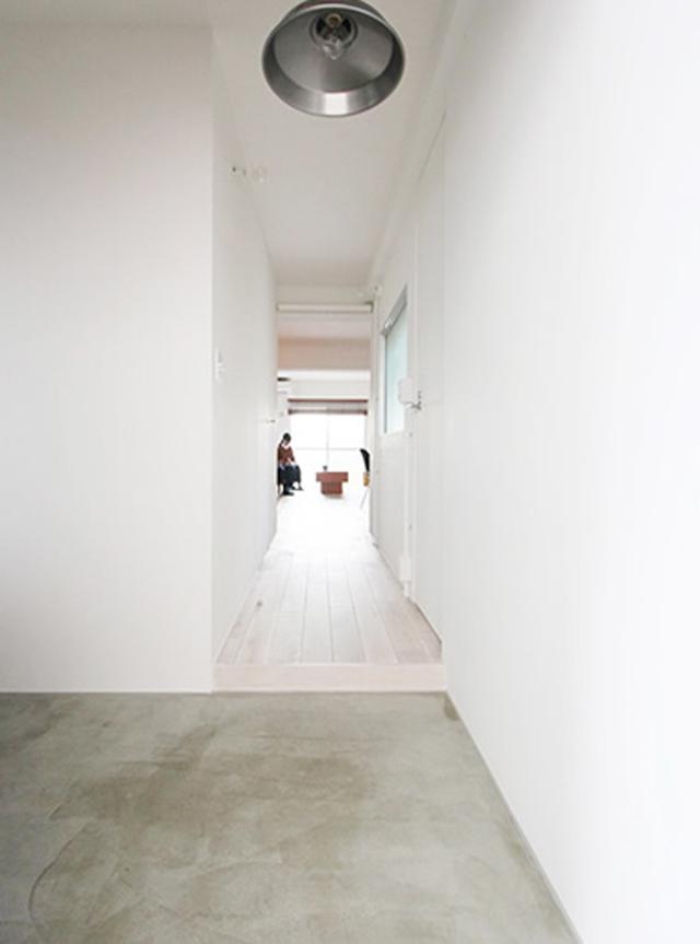 リノベーションで横浜の住まいを手にしたOさんの家は、生活と趣味のバランスをとてもうまく取った家。リノベーションを手がける「nuリノベーション」で紹介されています。写真と自転車が趣味のOさんが選んだのが、横浜市鶴見区にある、築28年のマンションでした。9