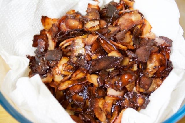 どんな食べ物にも合う簡単でおいしい万能調味料「ベーコンジャム」のレシピ_3