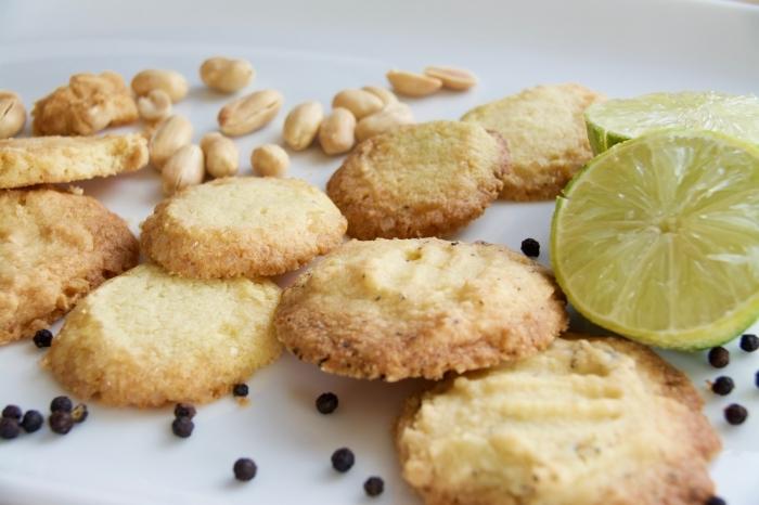 お酒やビールにぴったり合う、ライムやブラックペッパーやピーナッツのおいしくて簡単なクッキーのレシピ_7
