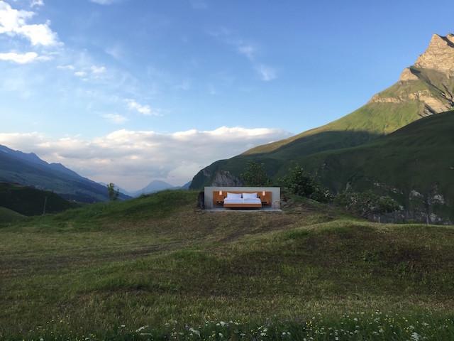 屋根も壁もないスイスの山の上のおしゃれで素敵で変わったホテルThe only star is you_1