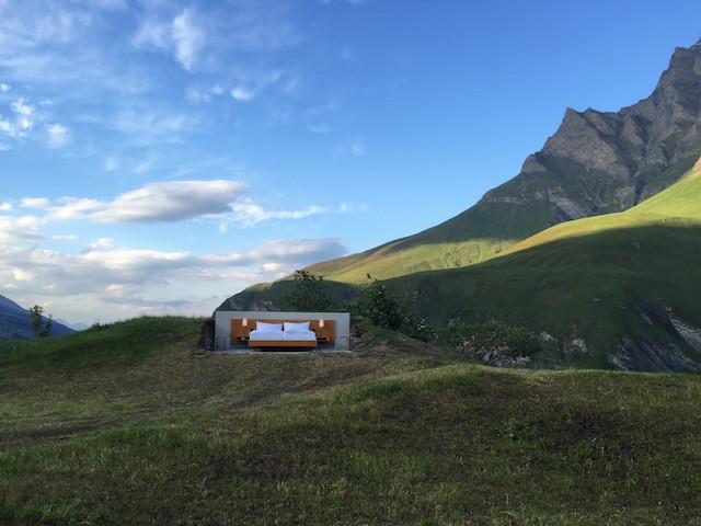 屋根も壁もないスイスの山の上のおしゃれで素敵で変わったホテルThe only star is you_2