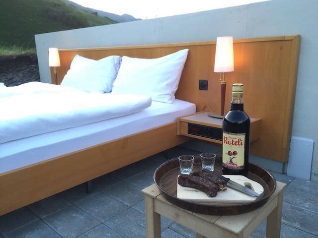 屋根も壁もないスイスの山の上のおしゃれで素敵で変わったホテルThe only star is you_4