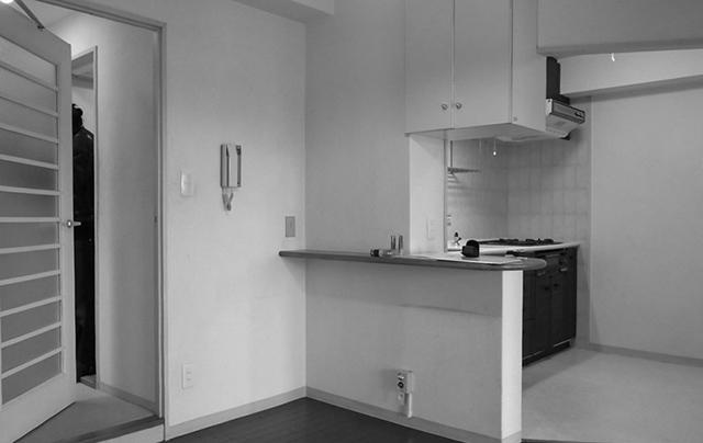 リノベーションで横浜の住まいを手にしたOさんの家は、生活と趣味のバランスをとてもうまく取った家。リノベーションを手がける「nuリノベーション」で紹介されています。写真と自転車が趣味のOさんが選んだのが、横浜市鶴見区にある、築28年のマンションでした。2