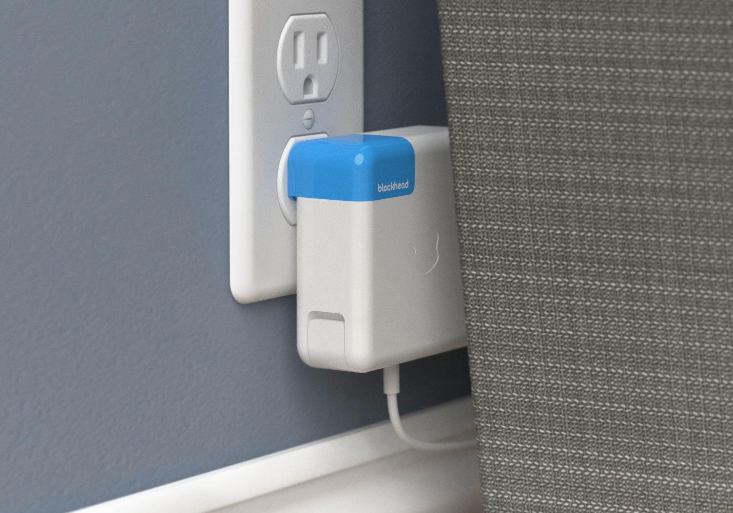 Apple社のパソコンMacの充電器をもっと便利に使うガジェットBlockhead_3