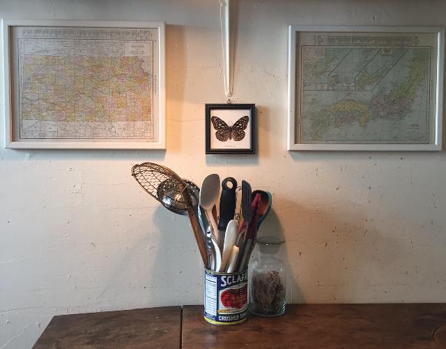 アメリカ・NY Brooklyn Williamsburg(ウィリアムズバーグ)で、アンティークの思い出の品に囲まれておしゃれに暮らす夫婦_4