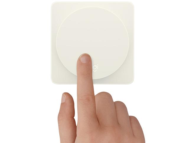 スマートホームをより使いやすくシンプルに操作できるアイテム「Logitech POP Home Switch」が、Logitechから発売されています。1プッシュで、最大3つのアクションが設定でき、高齢化社会で便利に活躍しそうです。2