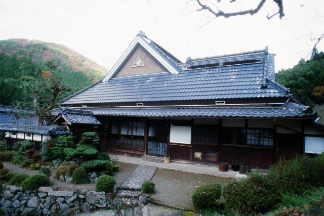 兵庫県の限界集落にある歴史的建築物を、まるごと和モダンでおしゃれなホテルにするリノベするプロジェクト、集落丸山と大杉集落_2
