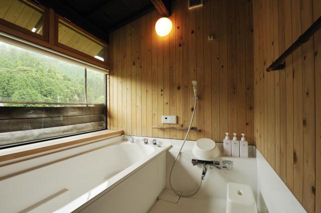 兵庫県の限界集落にある歴史的建築物を、まるごと和モダンでおしゃれなホテルにするリノベするプロジェクト、集落丸山と大杉集落_6