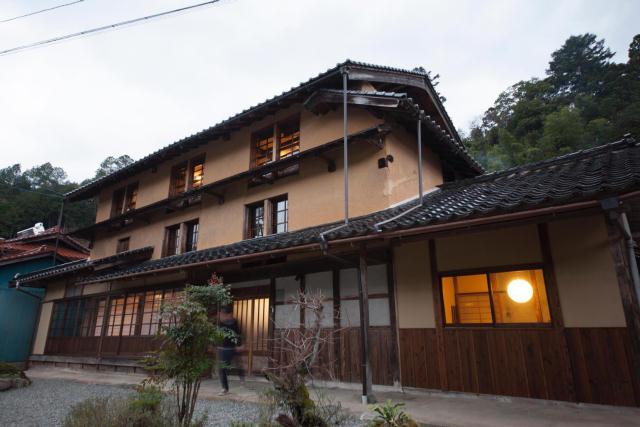 兵庫県の限界集落にある歴史的建築物を、まるごと和モダンでおしゃれなホテルにするリノベするプロジェクト、集落丸山と大杉集落_11