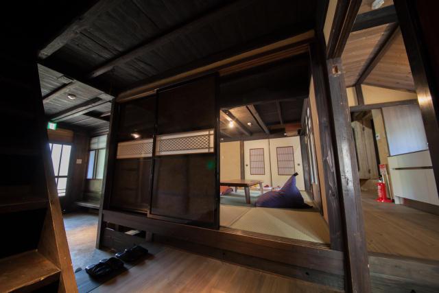 兵庫県の限界集落にある歴史的建築物を、まるごと和モダンでおしゃれなホテルにするリノベするプロジェクト、集落丸山と大杉集落_15