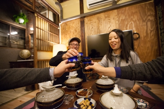 「昔の不便さを楽しむ」という贅沢を味わえるホテルが東京にありました。「Bamba Hotel」と呼ばれるホテルは、新馬場駅から徒歩1分というバツグンの立地で、しかも初回宿泊時にはコンシェルジュが駅までお出迎えしてくれるというVIP待遇。週末のアクティビティなんかにもオススメですよ。