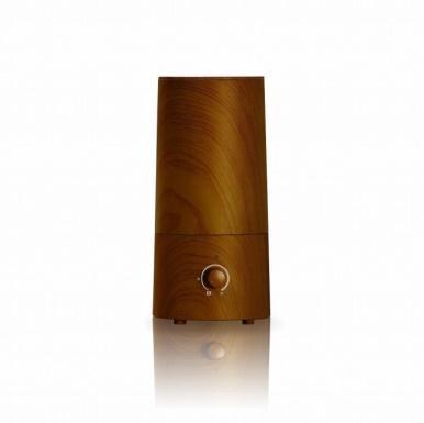 なかなか好みのデザインのものに出会えずに、毎年買わず仕舞いになっていた加湿器。そんなあなたのために、今回は「木目調」をテーマに、北欧スタイルの加湿器を5種類ご紹介致します。3