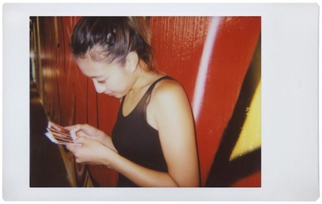 ロモグラフィーの魅力を満喫し、おしゃれでレトロな写真が撮影できるインスタントカメラLomo'Instant Automat_3