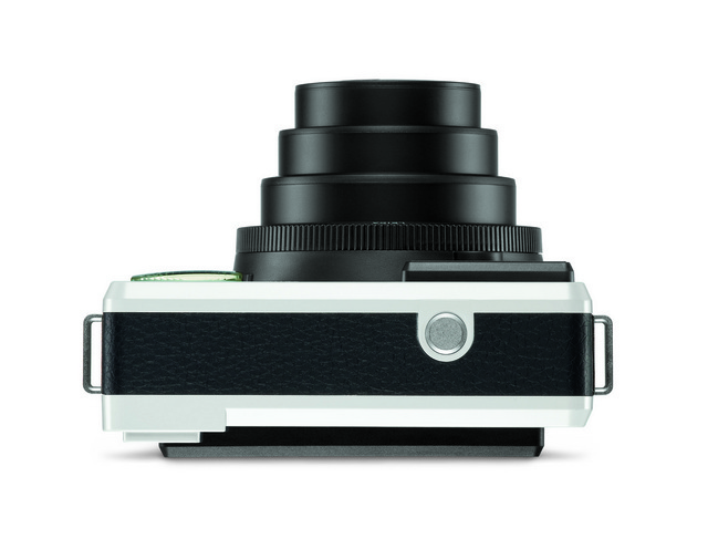 品質にこだわるカメラで有名なライカカメラ社から、初のインスタントカメラが販売されることになりました。その名は「Leica-Sofort(ライカ ゾフォート)」。ライカの写真撮影の知識や使い勝手のよさ、優れたクオリティが、インスタントカメラで楽しめるんです。3