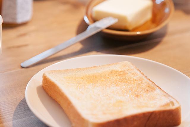 おいしそうなバタートースト
