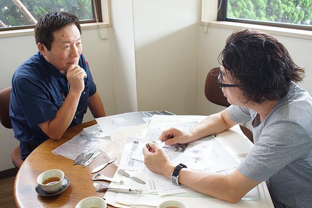 新潟県を拠点にするFD Inc.が、新潟の伝統技術とコラボレーションで制作する「FD STYLEシリーズ」は、機能美を追求したシンプルなデザインとマットブラックのカラーリングが魅力的なキッチンツール。鉄の鍋やオロシなど、料理はツールからこだわりたい人にオススメです。11