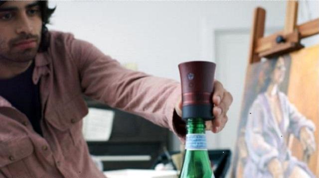 kickstarterでクラウドファンディングが完了した、使用済みボトルを利用するマイクロBluetoothスピーカーの「Cork」を紹介します。環境にやさしいアップサイクルの考え方が生きていて、ボトルの種類によってさまざまな音の深みが生まれるのがユニークな特徴です。