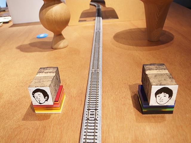 建築の情報を発信するTOTOギャラリー・間では、鈴野浩一さんと禿真哉さんによる、空気の器やKLASKAを設計した建築家ユニット・トラフ建築設計事務所の個展を開催中。訪れる人を楽しませることを主眼に置き、トラフ建築設計事務所の世界に引き込む今回の展覧会は、秋のお出かけやデートにぴったりです。9