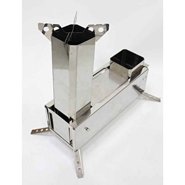 薪で火を起こすことが出来る携帯型のロケットストーブ「マキコン」のご紹介。ガスやアルコールを使わないので燃料代が節約できるエコなストーブです。ツーバーナーなので、ご飯と汁物を同時に作れるところもポイント高め。3