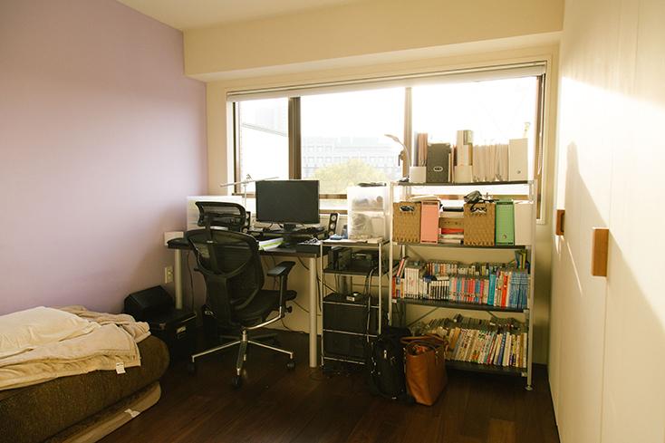 壁を塗った書斎