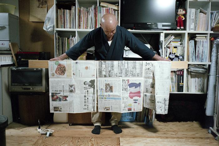 写真家・山口雄太郎さんと家具職人・成瀬勝一さんがDIYでチェストを制作する連載の第2回目。クリエイターがスキルを交換し、ひとつの家具をDIYでする過程のストーリーを綴っている。 - See more at: https://www.roomie.jp/?p=362727&preview=true#sthash.ZRSdThej.dpuf
